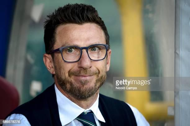 Eusebio Di Francesco head coach of US Sassuolo looks on prior to the Serie A football match between Torino FC and US Sassuolo Torino FC wins 53 over...