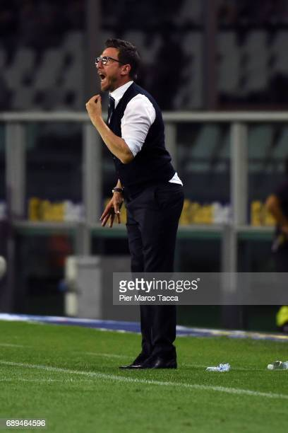 Eusebuio Di Francesco head coach of US Sassuolo gestures during the Serie A match between FC Torino and US Sassuolo at Stadio Olimpico di Torino on...