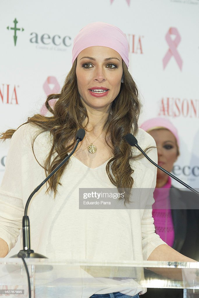 <a gi-track='captionPersonalityLinkClicked' href=/galleries/search?phrase=Eva+Gonzalez&family=editorial&specificpeople=242818 ng-click='$event.stopPropagation()'>Eva Gonzalez</a> attends 'Juntos Somos Mas Fuertes' campaign photocall against breast cancer on February 26, 2013 in Madrid, Spain.