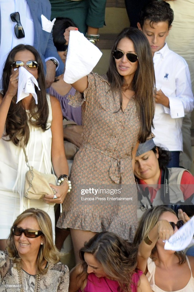 <a gi-track='captionPersonalityLinkClicked' href=/galleries/search?phrase=Eva+Gonzalez&family=editorial&specificpeople=242818 ng-click='$event.stopPropagation()'>Eva Gonzalez</a> (R) attends the 'Goyesca' Bullfights on September 3, 2011 in Ronda, Spain. The bullfight events, linked to The Feria Goyesca (Feria de Pedro Romero), stem from the inter-relationship of three main personae which spanned over three centuries, all of whom have strong connections to Ronda. These are the famous 18th century bullfighter, Pedro Romero; the 18th century Spanish painter, Francisco de la Goya; and also the 20th century bullfighter, Antonio Ordonez, to whom the vision of the Ronda's modern Feria Goyesca can be attributed.