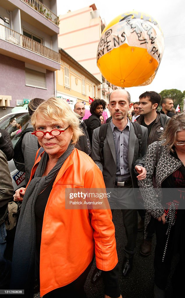 <a gi-track='captionPersonalityLinkClicked' href=/galleries/search?phrase=Eva+Joly&family=editorial&specificpeople=2884273 ng-click='$event.stopPropagation()'>Eva Joly</a>, Green party candidate for the French presidential election is seen during an anti-G20 demonstration at the French border with Monaco on November 3, 2011 in Cap d'Ail, France. The Eurozone crisis and the Greek economy are dominating the first day of the G2O summit in nearby Cannes after Greek Prime Minister George Papandreou called for a referendum on the Brussels ballout package of the Greek economy.