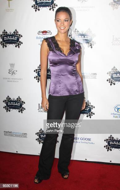 Eva La Rue attends the The Rally For Kids With Cancer The Winners Circle Gala Dinner on November 21 2009 in Miami Beach Florida