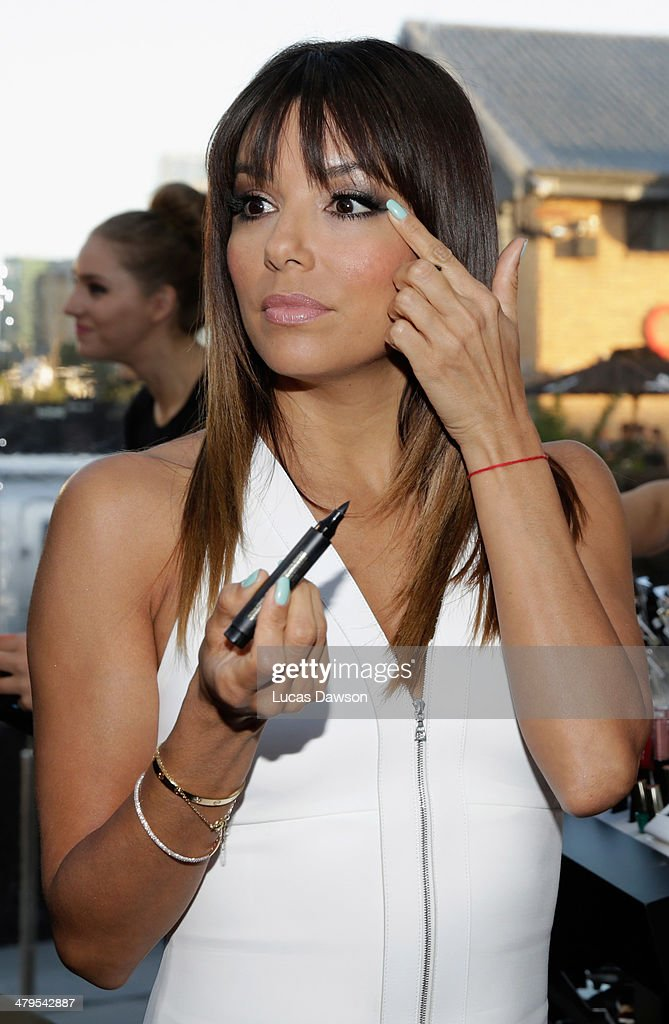 <a gi-track='captionPersonalityLinkClicked' href=/galleries/search?phrase=Eva+Longoria&family=editorial&specificpeople=202082 ng-click='$event.stopPropagation()'>Eva Longoria</a> arrives before the Camilla Show during Melbourne Fashion Festival on March 19, 2014 in Melbourne, Australia.