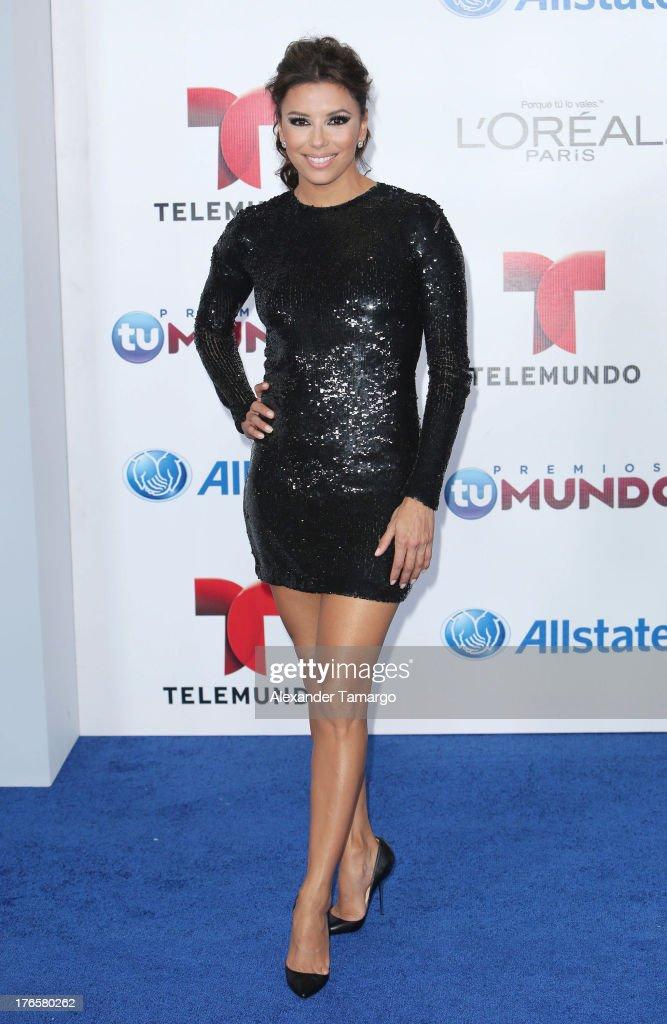 Eva Longoria attends Telemundo's Premios Tu Mundo Awards at American Airlines Arena on August 15, 2013 in Miami, Florida.