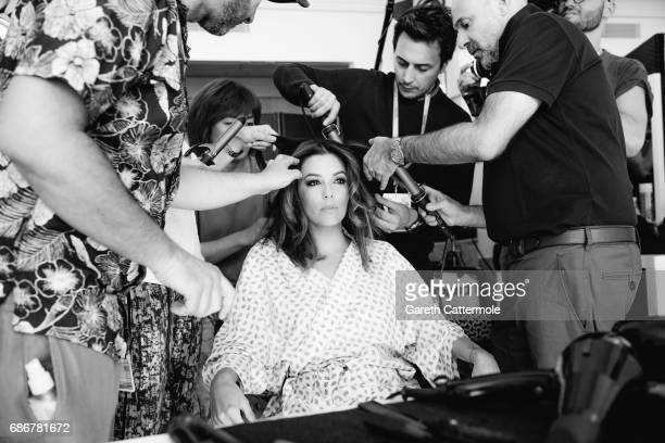 Eva Longoria during the hair session at the 70th annual Cannes Film Festival on May 21 2017 in Cannes France