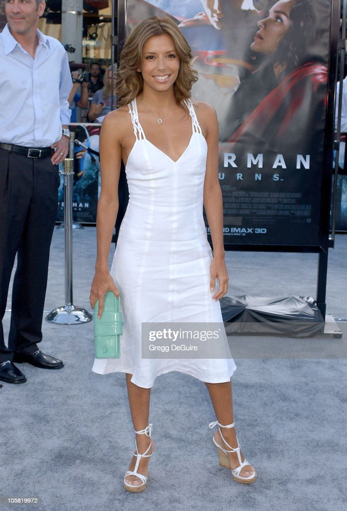 Eva Longoria during World Premiere of 'Superman Returns' Arrivals at Mann's Village and Bruin Theaters in Westwood California United States