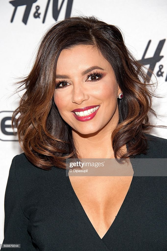 <a gi-track='captionPersonalityLinkClicked' href=/galleries/search?phrase=Eva+Longoria&family=editorial&specificpeople=202082 ng-click='$event.stopPropagation()'>Eva Longoria</a> visits 'Extra' at their New York studios at H&M in Times Square on January 4, 2016 in New York City.