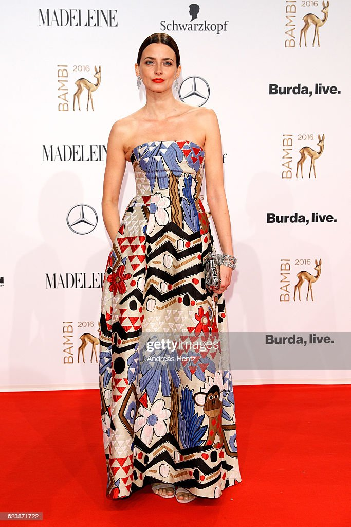 Eva Padberg arrives at the Bambi Awards 2016 at Stage Theater on November 17, 2016 in Berlin, Germany.