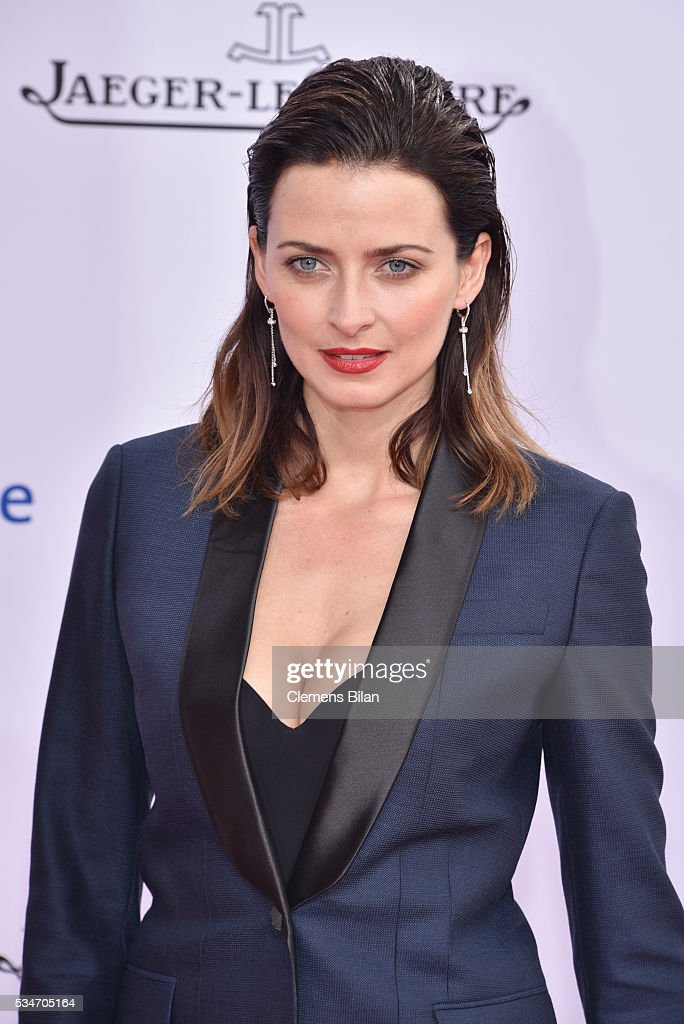 <a gi-track='captionPersonalityLinkClicked' href=/galleries/search?phrase=Eva+Padberg&family=editorial&specificpeople=206867 ng-click='$event.stopPropagation()'>Eva Padberg</a> attends the Lola - German Film Award (Deutscher Filmpreis) on May 27, 2016 in Berlin, Germany.