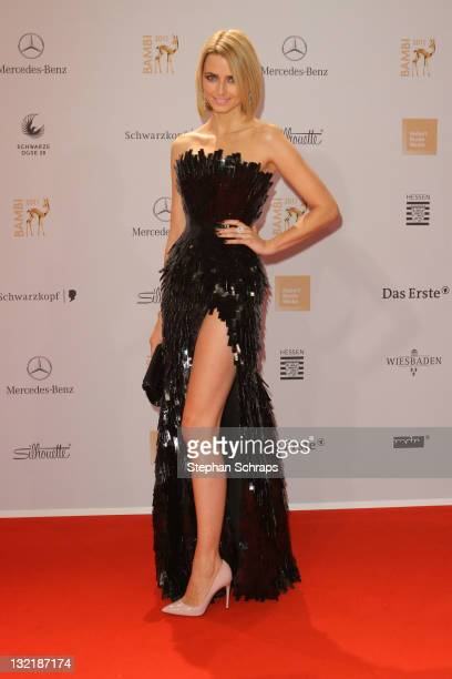 Eva Padberg attends the Red Carpet for the Bambi Award 2011 ceremony at the RheinMainHallen on November 10 2011 in Wiesbaden Germany