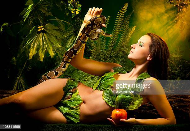 Eva Serpent und Apple