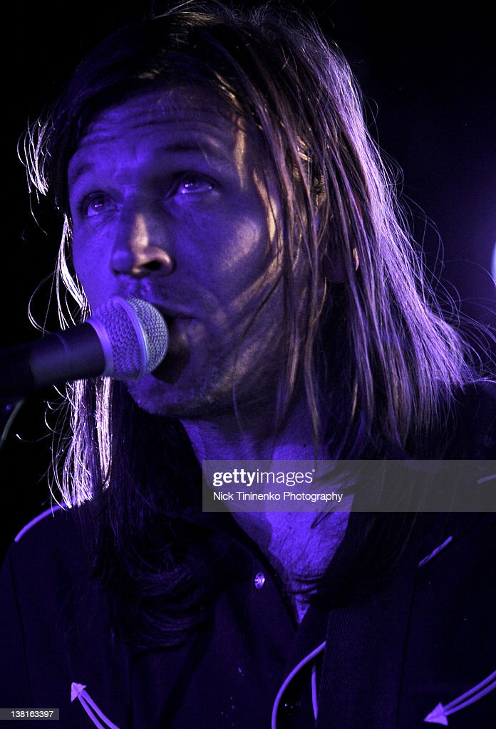<a gi-track='captionPersonalityLinkClicked' href=/galleries/search?phrase=Evan+Dando&family=editorial&specificpeople=751359 ng-click='$event.stopPropagation()'>Evan Dando</a> of The Lemonheads performing on February 2, 2012 in Aspen, Colorado.