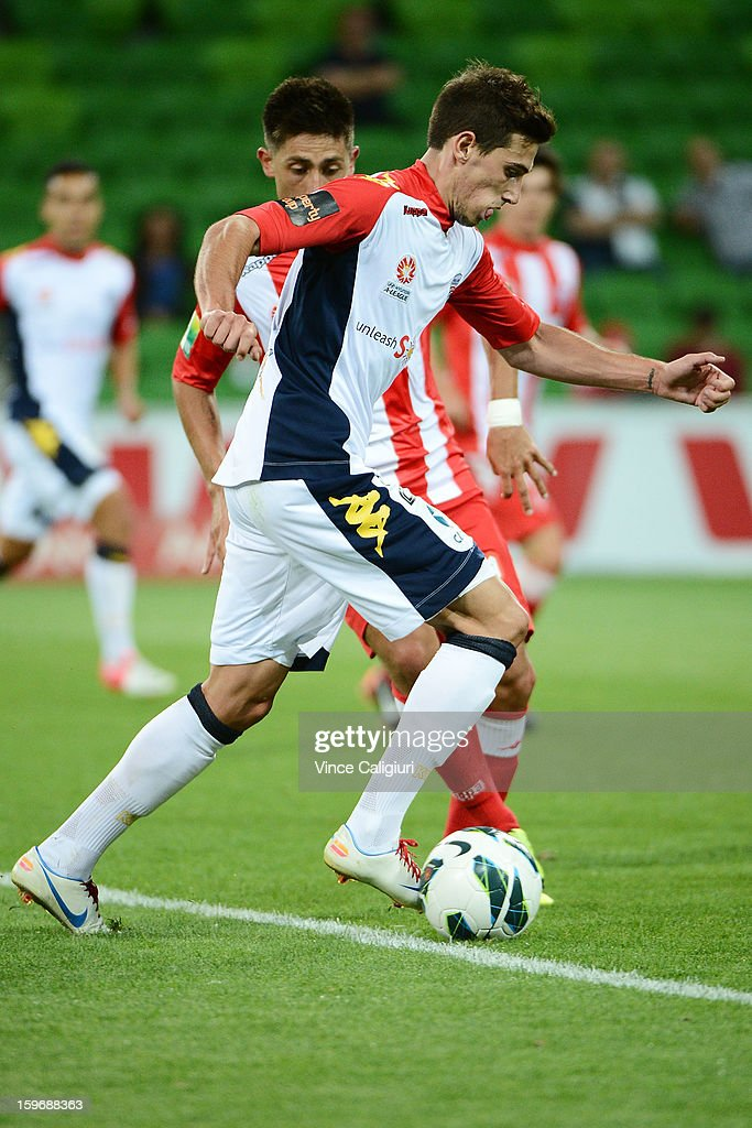 Evan Kostopoulos of United controls the ball during the round seventeen A-League match between Melbourne Heart and Adelaide United at AAMI Park on January 18, 2013 in Melbourne, Australia.