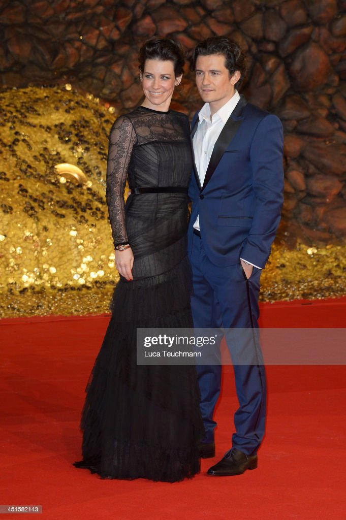 Evangeline Lilly and Orlando Bloom attend the German premiere of the film 'The Hobbit: The Desolation Of Smaug' (Der Hobbit: Smaugs Einoede) at Sony Centre on December 9, 2013 in Berlin, Germany.