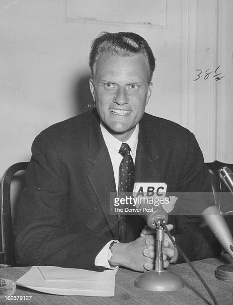 9201958 DEC 1 1958 OCT 9 1962 Evangelist Billy Graham Sunday told some 1200 4H Club members and 200 leaders in Chicago that 'as youth is some parts...