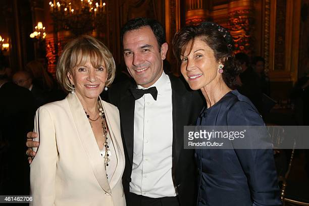 Eve Ruggieri Olivier Josse and Sylvie Rousseau attend the Pasteur Weizmann Institute 40th anniversary celebration at Opera Farnier in Paris at Opera...
