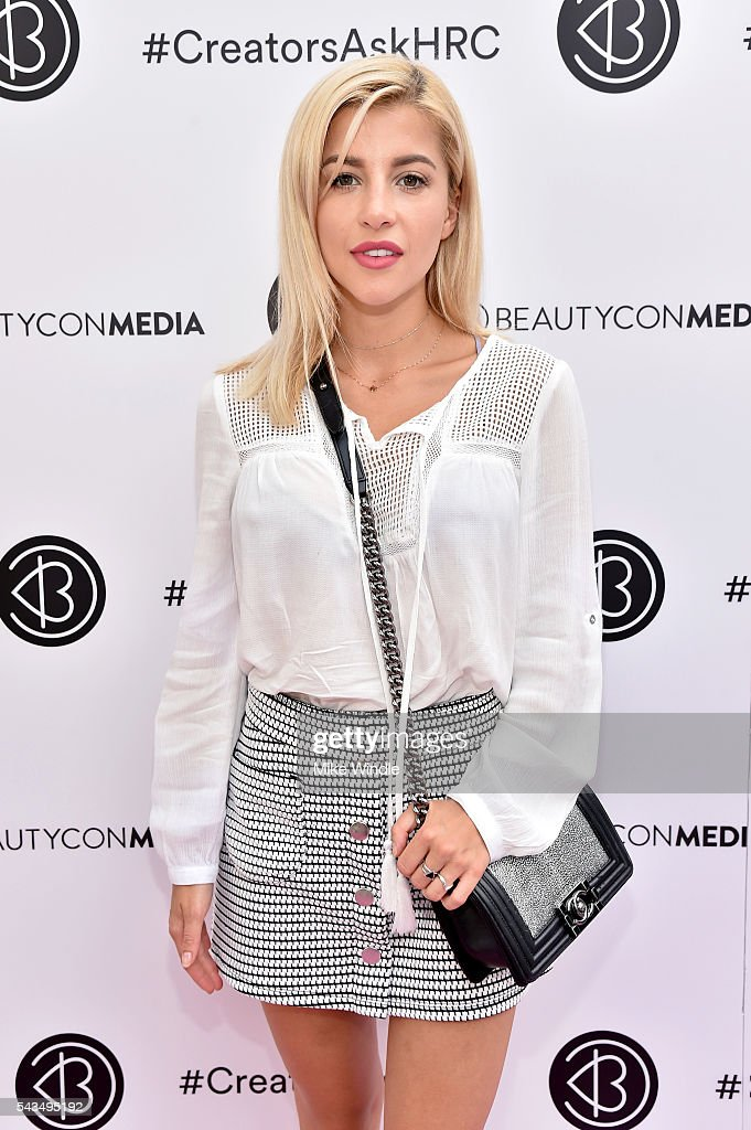 Evelina Barry attends as Beautycon Media curates the first digital content creator town hall with Hillary Clinton at NeueHouse Los Angeles on June 28, 2016 in Hollywood, California.