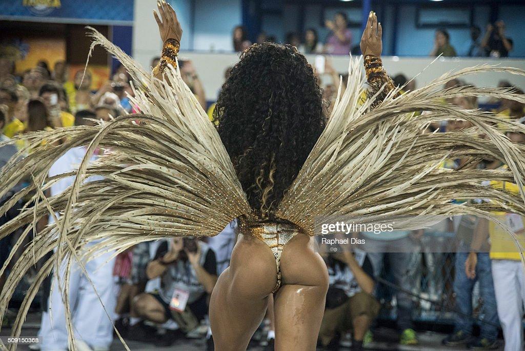 Evelyn Bastos attends to the Rio Carnival in Sambodromo on February 8, 2016 in Rio de Janeiro, Brazil. Despite the Zika virus epidemic, thousands of tourists gathered in Rio de Janeiro for the carnival.