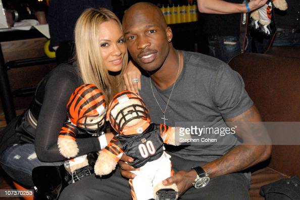 Evelyn Lozada and Chad Ochocinco attend the 81 Cares Bowl presented by Terrell Owens and GQ Magazine at Star Lanes On The Levee on December 6 2010 in...