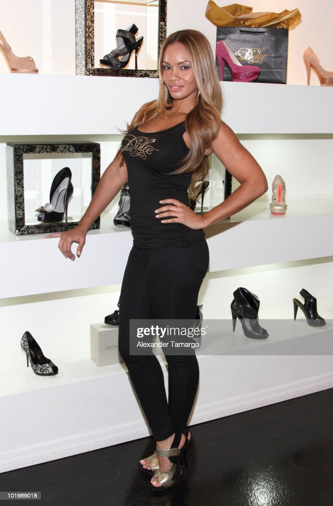 Evelyn Lozada attends Dulce Shoes & VH1's Evelyn Lozada Celebrate The Hotness Of Georgina Goodman at Dulce Shoe Boutique on June 10, 2010 in Coral Gables, Florida.