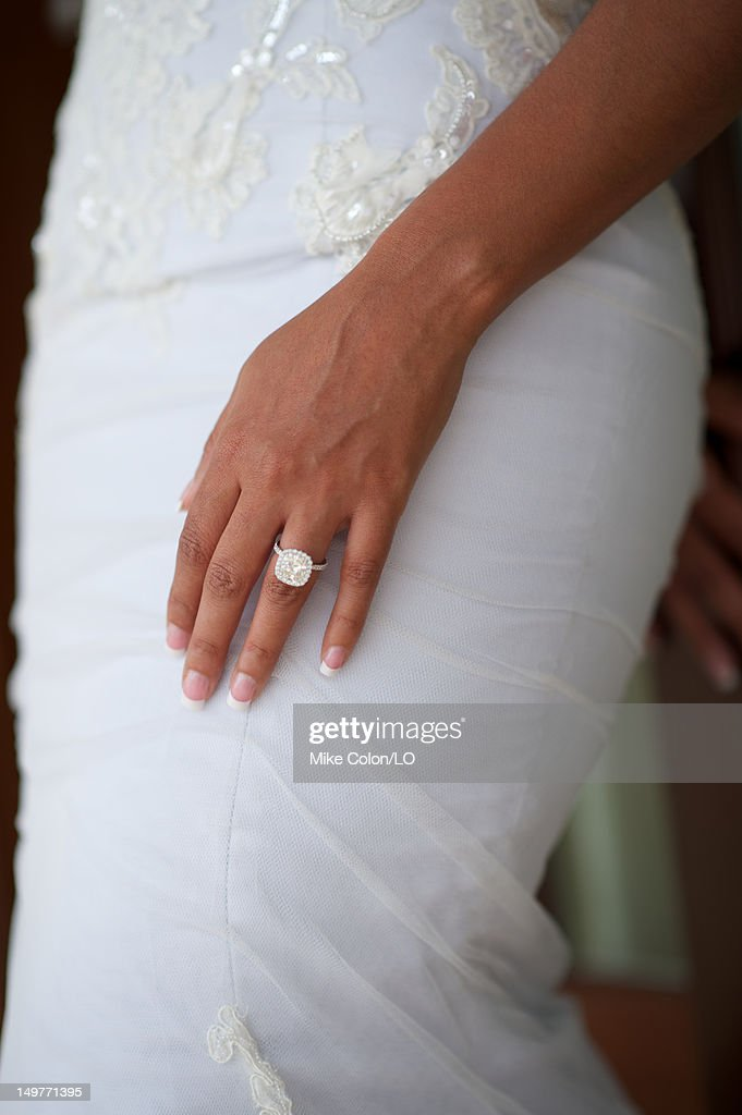 <a gi-track='captionPersonalityLinkClicked' href=/galleries/search?phrase=Evelyn+Lozada&family=editorial&specificpeople=6747068 ng-click='$event.stopPropagation()'>Evelyn Lozada</a> poses for photos at her wedding to Chad Ochocinco at Le Chateau des Palmiers on July 4, 2012 in St. Maarten, Netherlands Antillies.