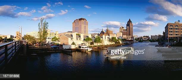 Evening Cruise in Milwaukee,Wisconsin