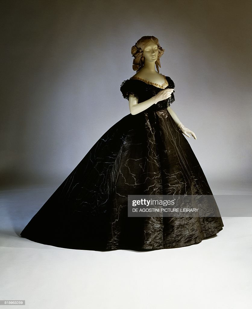 Evening mourning dress ca 1861 19th century New York The Metropolitan Museum Of Art