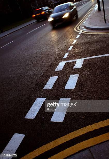Abend-Verkehr asphalt