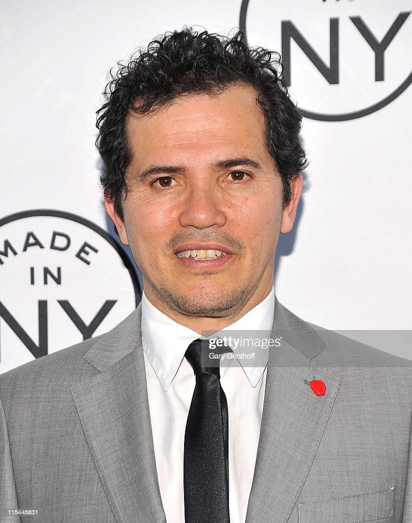 Event honoree, actor <a gi-track='captionPersonalityLinkClicked' href=/galleries/search?phrase=John+Leguizamo&family=editorial&specificpeople=167163 ng-click='$event.stopPropagation()'>John Leguizamo</a> attends the 6th annual Made In NY awards at Gracie Mansion on June 6, 2011 in New York City.