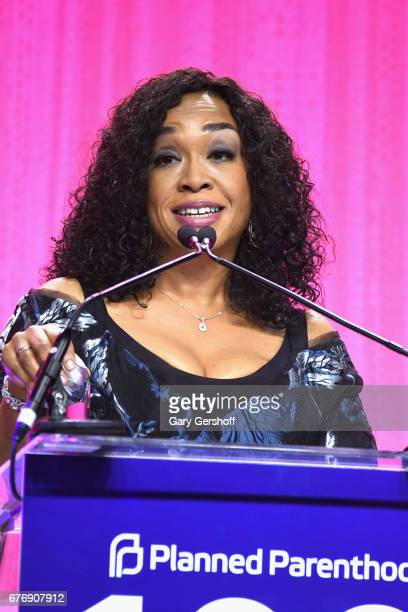 Event honoree Shonda Rhimes speaks on stage during the Planned Parenthood 100th Anniversary Gala at Pier 36 on May 2 2017 in New York City