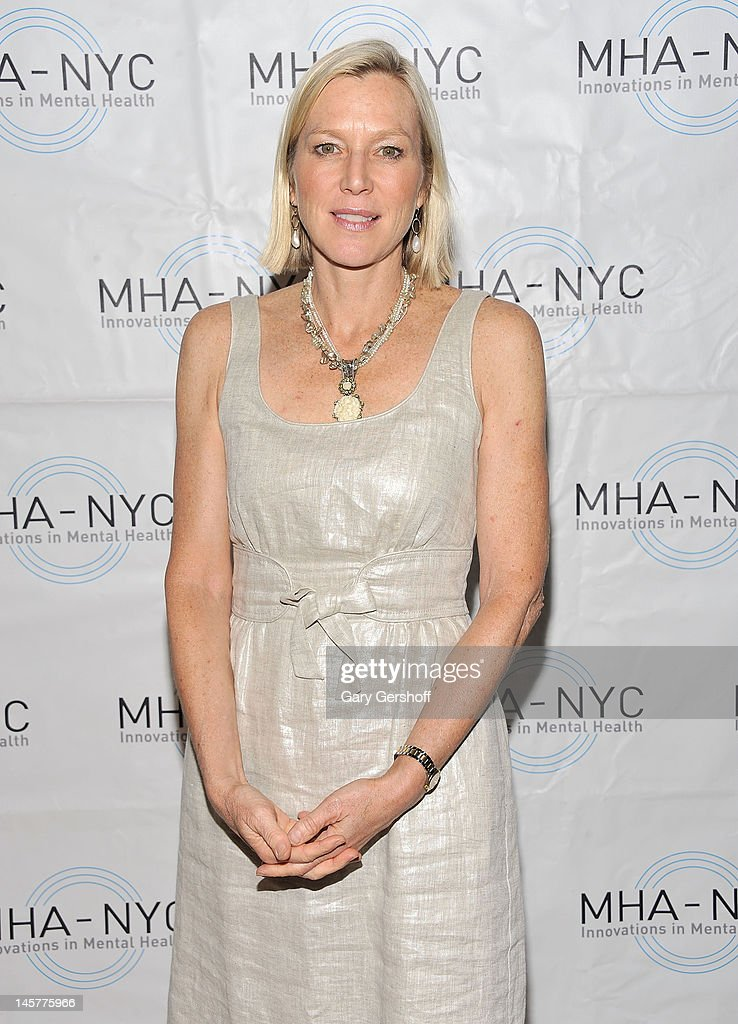 Event host Lee Woodruff attends the 2012 Mental Health Association of New York City Celebration of Hope Gala at Cipriani 42nd Street on June 5, 2012 in New York City.