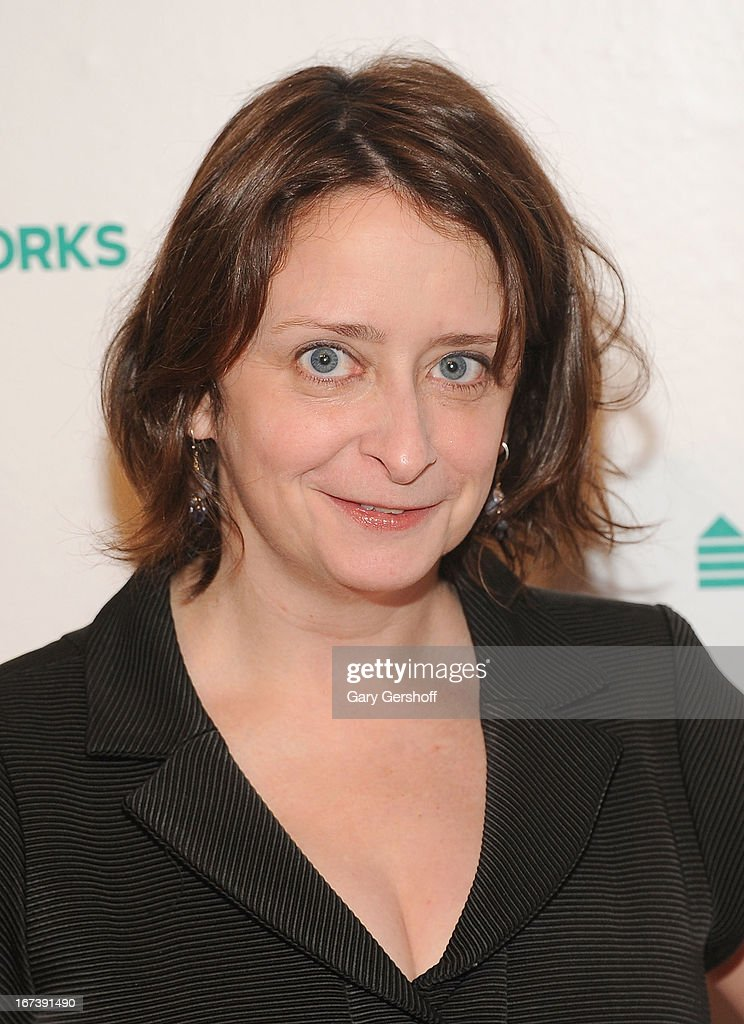 Event host <a gi-track='captionPersonalityLinkClicked' href=/galleries/search?phrase=Rachel+Dratch&family=editorial&specificpeople=209387 ng-click='$event.stopPropagation()'>Rachel Dratch</a> attends Housing Works Groundbreaker Awards at Metropolitan Pavilion on April 24, 2013 in New York City.