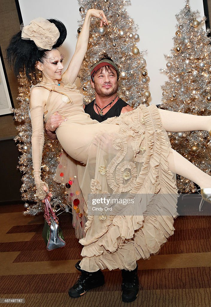 Event producer <a gi-track='captionPersonalityLinkClicked' href=/galleries/search?phrase=Susanne+Bartsch&family=editorial&specificpeople=783313 ng-click='$event.stopPropagation()'>Susanne Bartsch</a> and <a gi-track='captionPersonalityLinkClicked' href=/galleries/search?phrase=David+Barton+-+Body+Builder&family=editorial&specificpeople=4547890 ng-click='$event.stopPropagation()'>David Barton</a> Gym owner <a gi-track='captionPersonalityLinkClicked' href=/galleries/search?phrase=David+Barton+-+Body+Builder&family=editorial&specificpeople=4547890 ng-click='$event.stopPropagation()'>David Barton</a> attend the 'Tis The Season' annual toy drive hosted by <a gi-track='captionPersonalityLinkClicked' href=/galleries/search?phrase=Susanne+Bartsch&family=editorial&specificpeople=783313 ng-click='$event.stopPropagation()'>Susanne Bartsch</a> and <a gi-track='captionPersonalityLinkClicked' href=/galleries/search?phrase=David+Barton+-+Body+Builder&family=editorial&specificpeople=4547890 ng-click='$event.stopPropagation()'>David Barton</a> on December 17, 2013 in New York City.