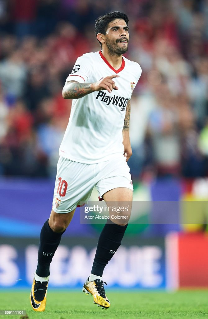 Ever Banega of Sevilla FC celebrates after scoring the second goal for Sevilla FC during the UEFA Champions League group E match between Sevilla FC and Spartak Moskva at Estadio Ramon Sanchez Pizjuan on November 1, 2017 in Seville, Spain.