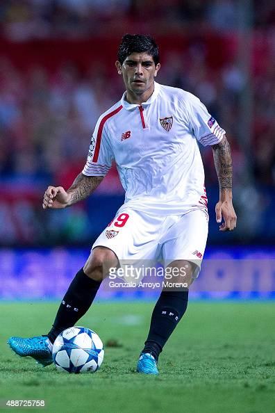 Ever Banega of Sevilla FC controls the ball during the UEFA Champions League Group D match between Sevilla FC and VfL Borussia Monchengladbach at...