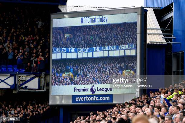 Everton and West From fans applaud the memory of Alex Young before the Premier League match between Everton and West Bromwich Albion at the Goodison...
