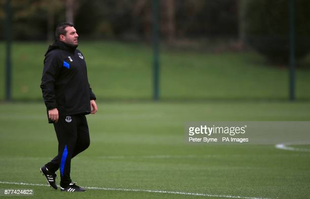 Everton Caretaker Manager David Unsworth during the training session at Finch Farm Liverpool PRESS ASSOCIATION Photo Picture date Wednesday November...