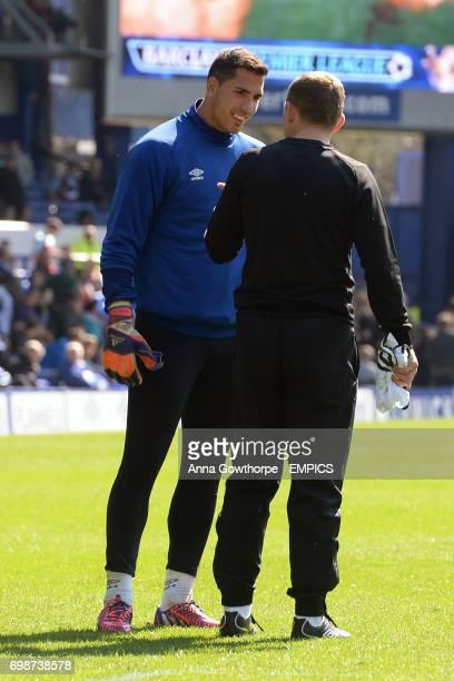 Everton goalkeeper Joel Robles warming up prior to kick off