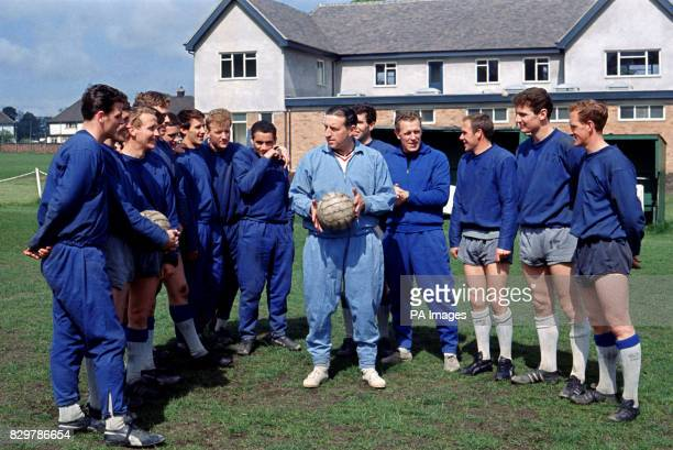 Everton manager Harry Catterick gives a team talk to his players during their training session on the Monday before the Final Fred Pickering Brian...