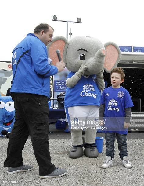 Everton mascot Changy the Elephant with a young fan at the Everton Roadshow