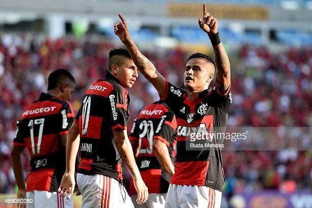 Everton of Flamengo celebrates a scored goal against Coritiba during a match between Flamengo and Coritiba as part of Brasileirao Series A 2014 at...