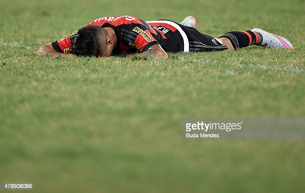 Everton of Flamengo laments lost a goal during a match between Vasco and Flamengo as part of Brasileirao Series A 2015 at Arena Pantanal on June 28...