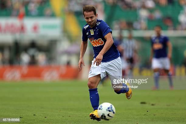 Everton Ribeiro of Cruzeiro in action during a match between Figueirense and Cruzeiro as part of Campeonato Brasileiro 2014 at Orlando Scarpelli...