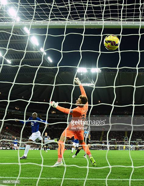 Everton striker Arouna Kone scores the first goal past goalkeeper Jak Alnwick during the Barclays Premier League match between Newcastle United and...