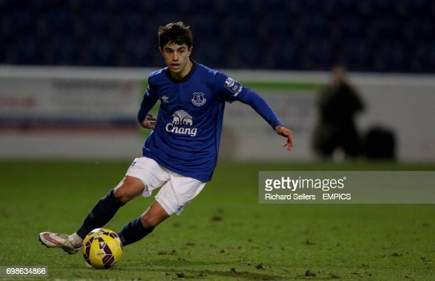 Everton U21's Liam Walsh in action