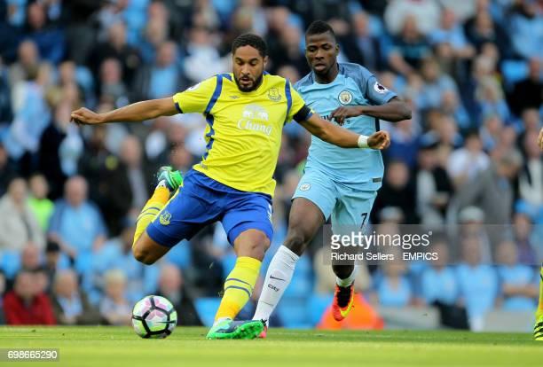 Everton's Ashley Williams holds off Manchester City's Kelechi Iheanacho