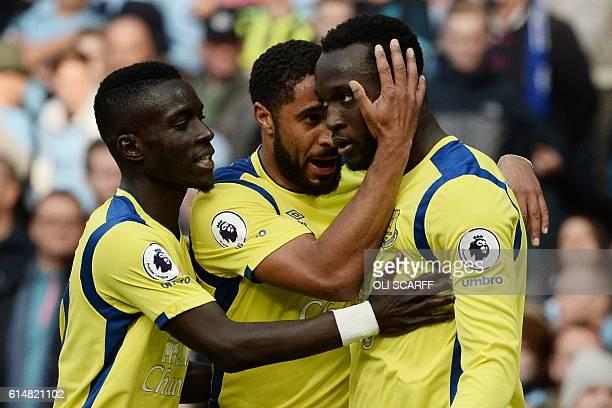 Everton's Belgian striker Romelu Lukaku celebrates with Everton's Englishborn Welsh defender Ashley Williams after scoring during the English Premier...