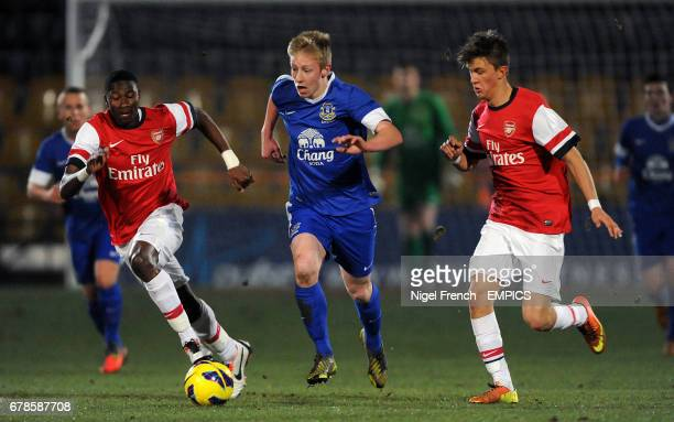 Everton's Harry Charsley in action with Arsenal's Alfred Mugabo and Kristoffer Olsson
