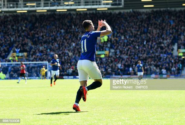 Everton's Kevin Mirallas celebrates scoring his sides third goal of the match
