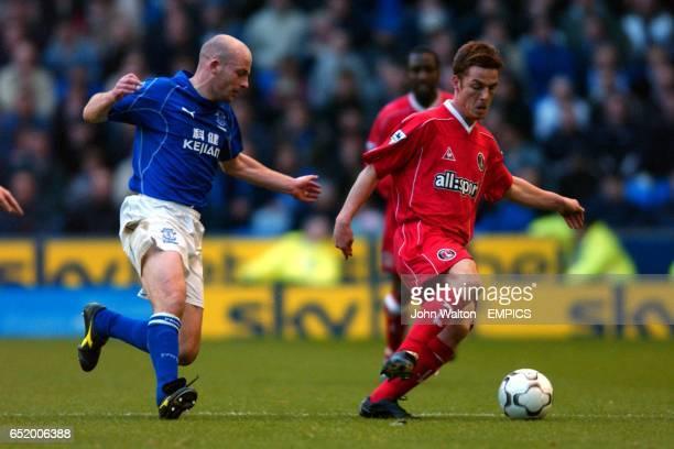 Everton's Lee Carsley closes down Charlton Athletic's Scott Parker
